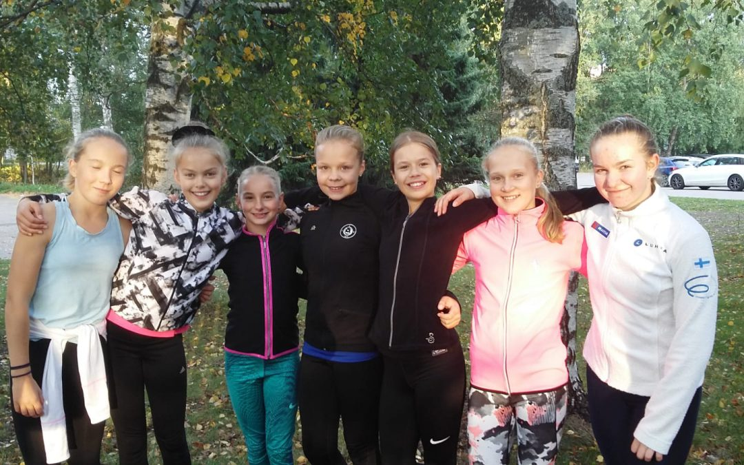 Silver Skate: Maxille hopeaa ja Ellalle pronssia sekä useita pistesijoja